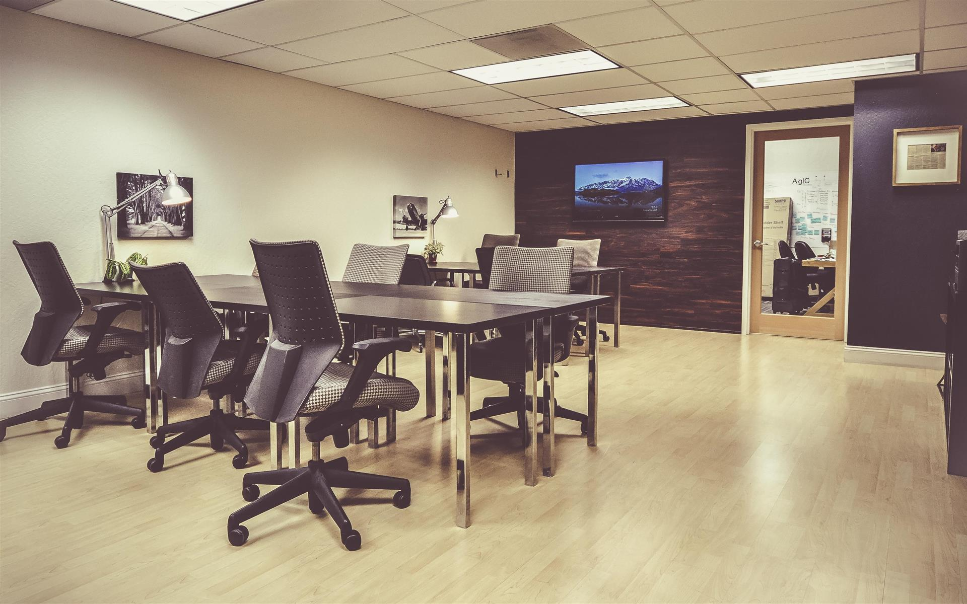 Design Spaces - Coworking Office - Monthly Flex Desk in Mountain View