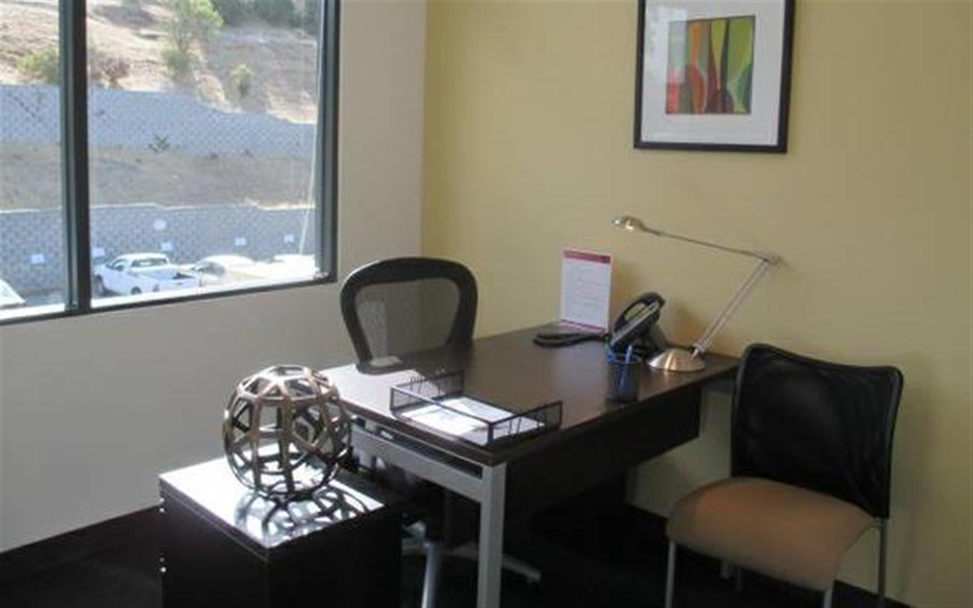 Regus Woodside Novato - Day Office Space