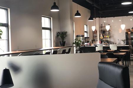 The Ahfis - creative coworking - Dedicated Desk