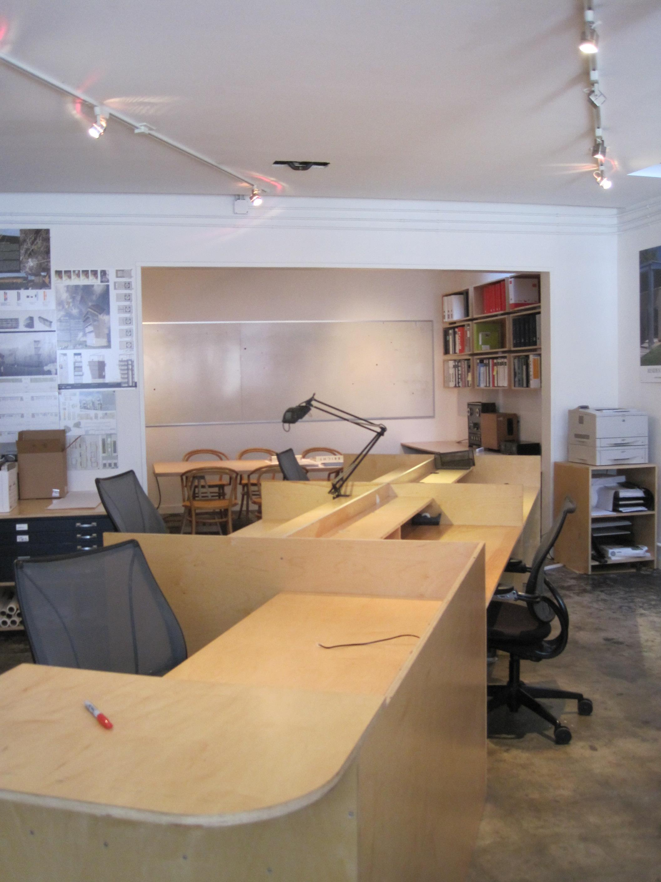 CCS ARCHITECTURE Creative Co-Working Space - Dedicated Desk 1