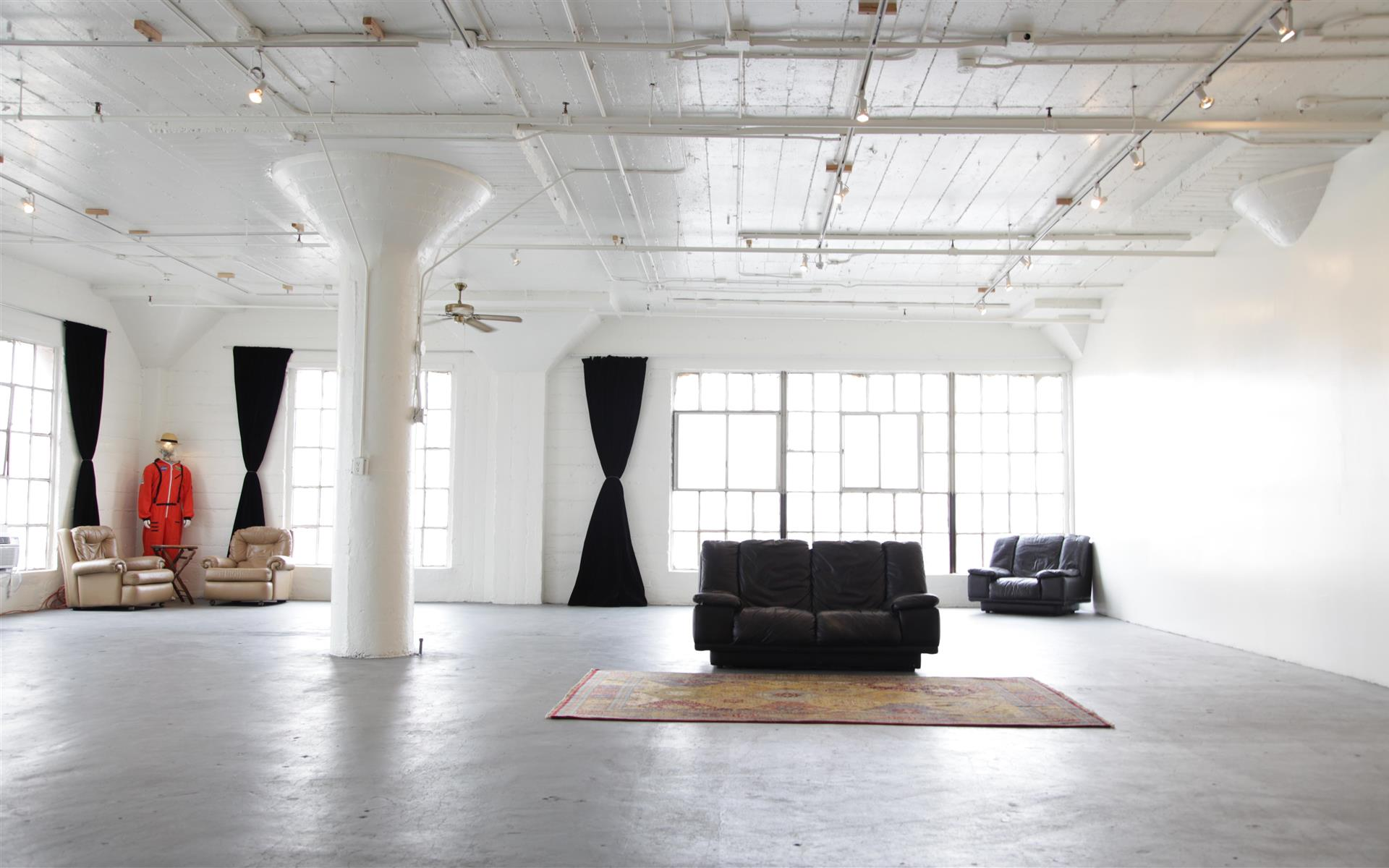 Astroetic Studios - Large Dtla Industrial Loft