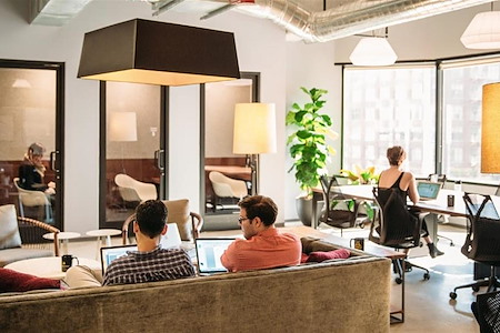Industrious Charlotte Uptown - Coworking