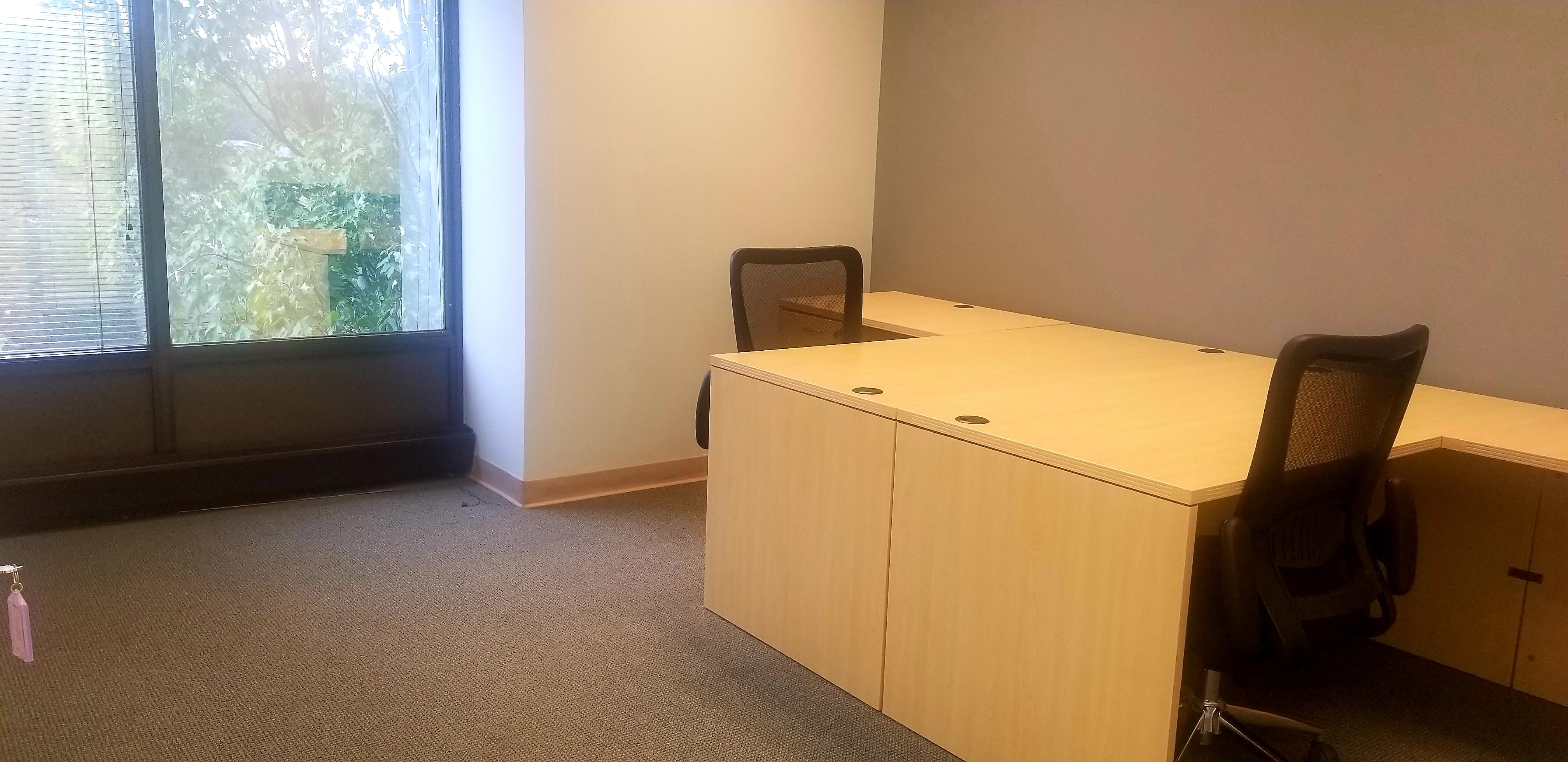 Business Gate - Private Office 2
