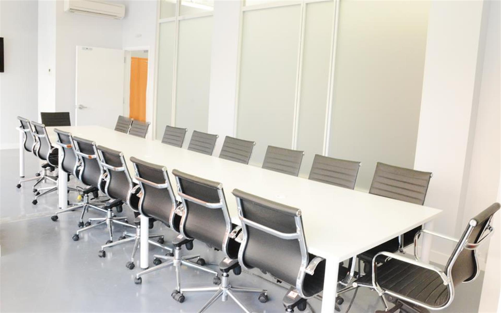 TEEM Coworking - Harlem NYC - Conference Room