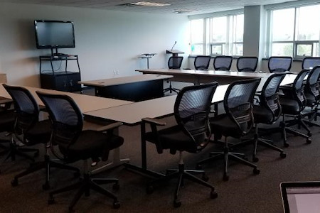 TradeCenter Executive Suites - Training Room with a view