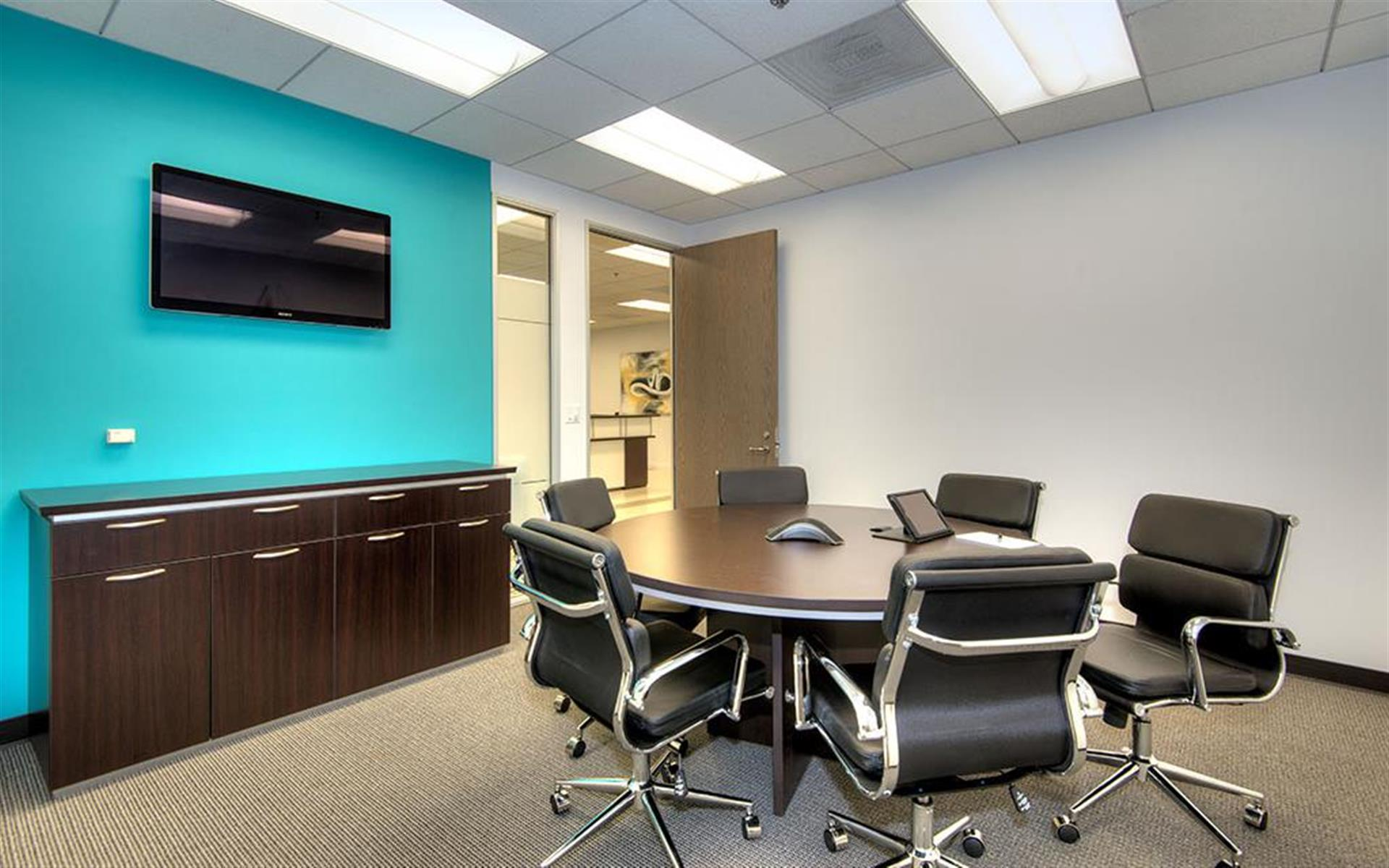 Titan Offices Penthouse - Small Conference Room