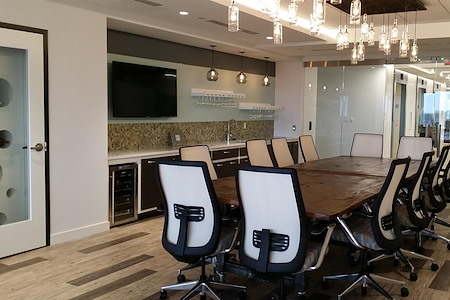 Metro Offices - Greensboro - Wine Bar