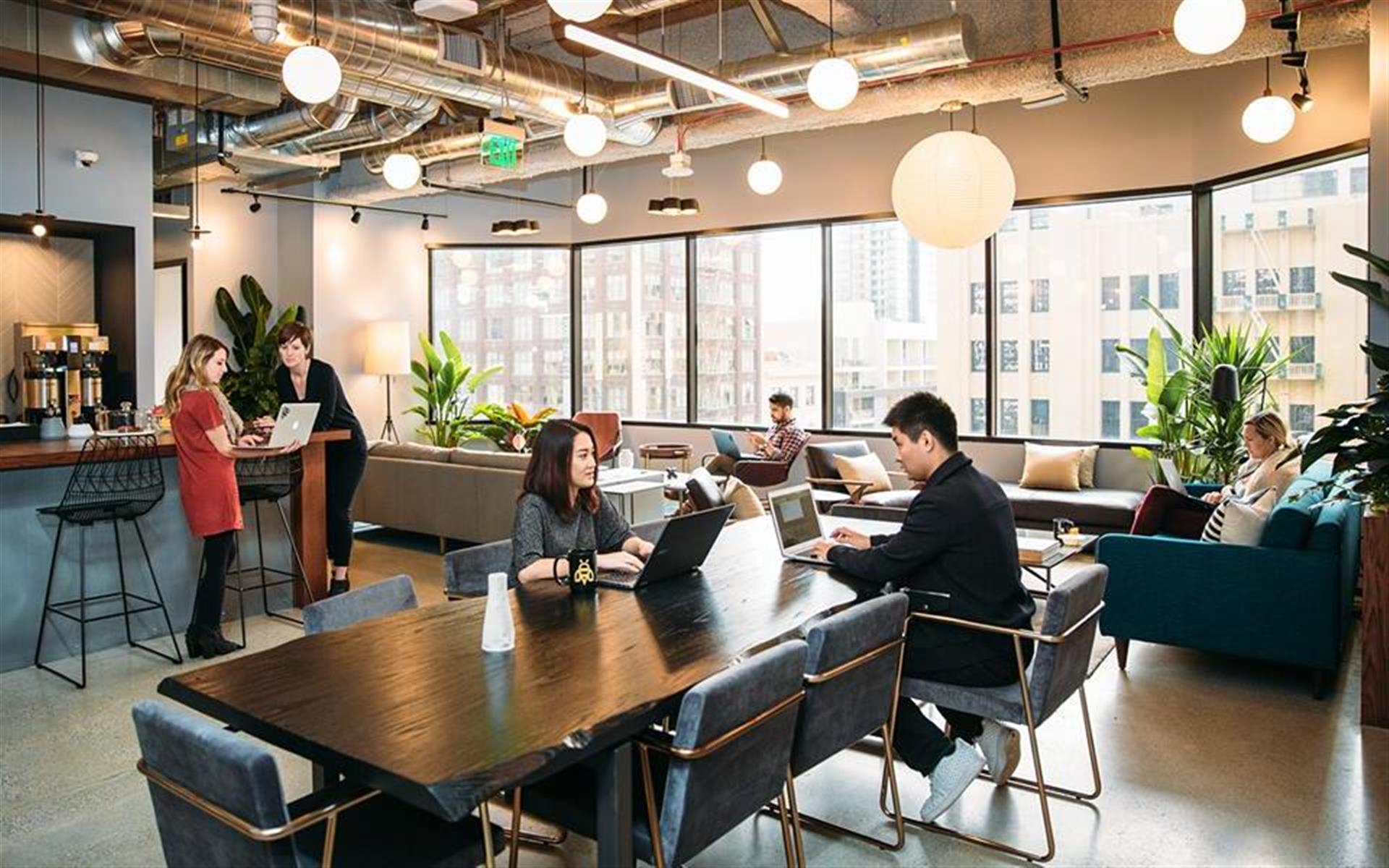 Industrious | Charlotte - Dedicated Desk
