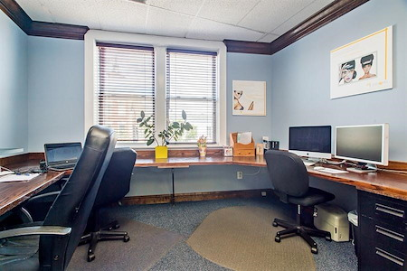 The CoWorking Space - Team Space Great for 2 People