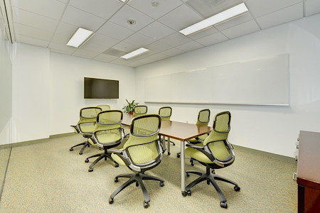 Carr Workplaces - Bethesda - Glen Echo Meeting Room