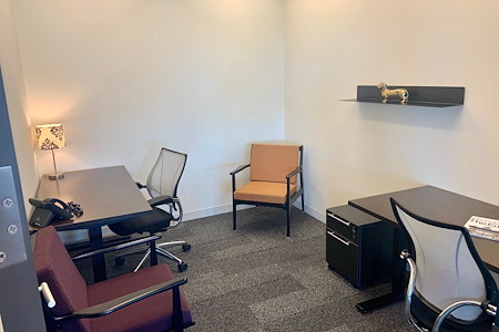 Business District - Interior Office for 1 or 2 people