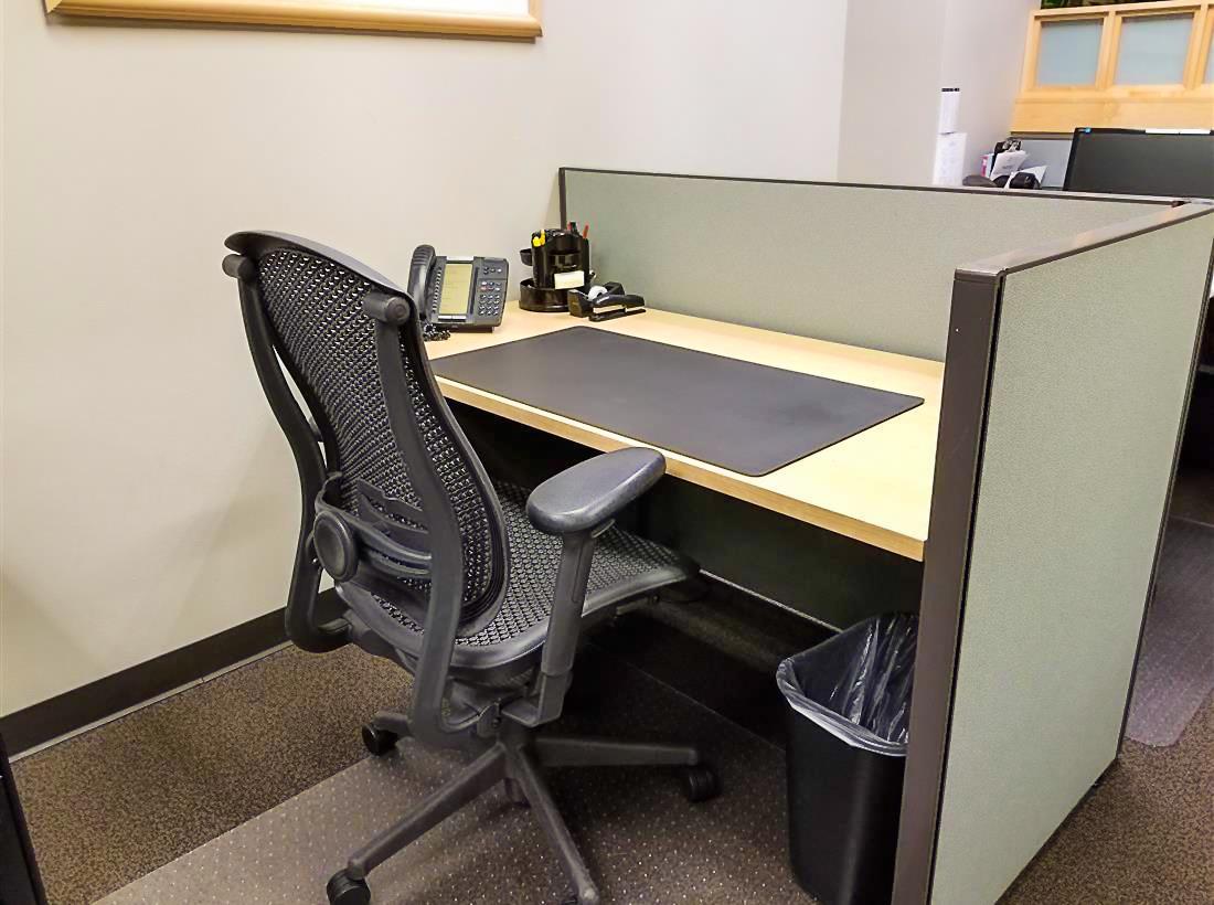 Intelligent Office San Francisco - Day Workstation