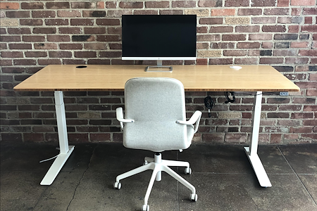BAMF Media - Open Desk 1
