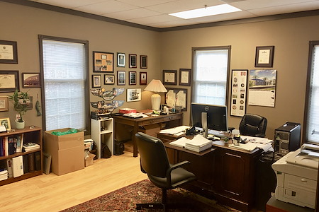 Georgetown Isles - Office Suite 1