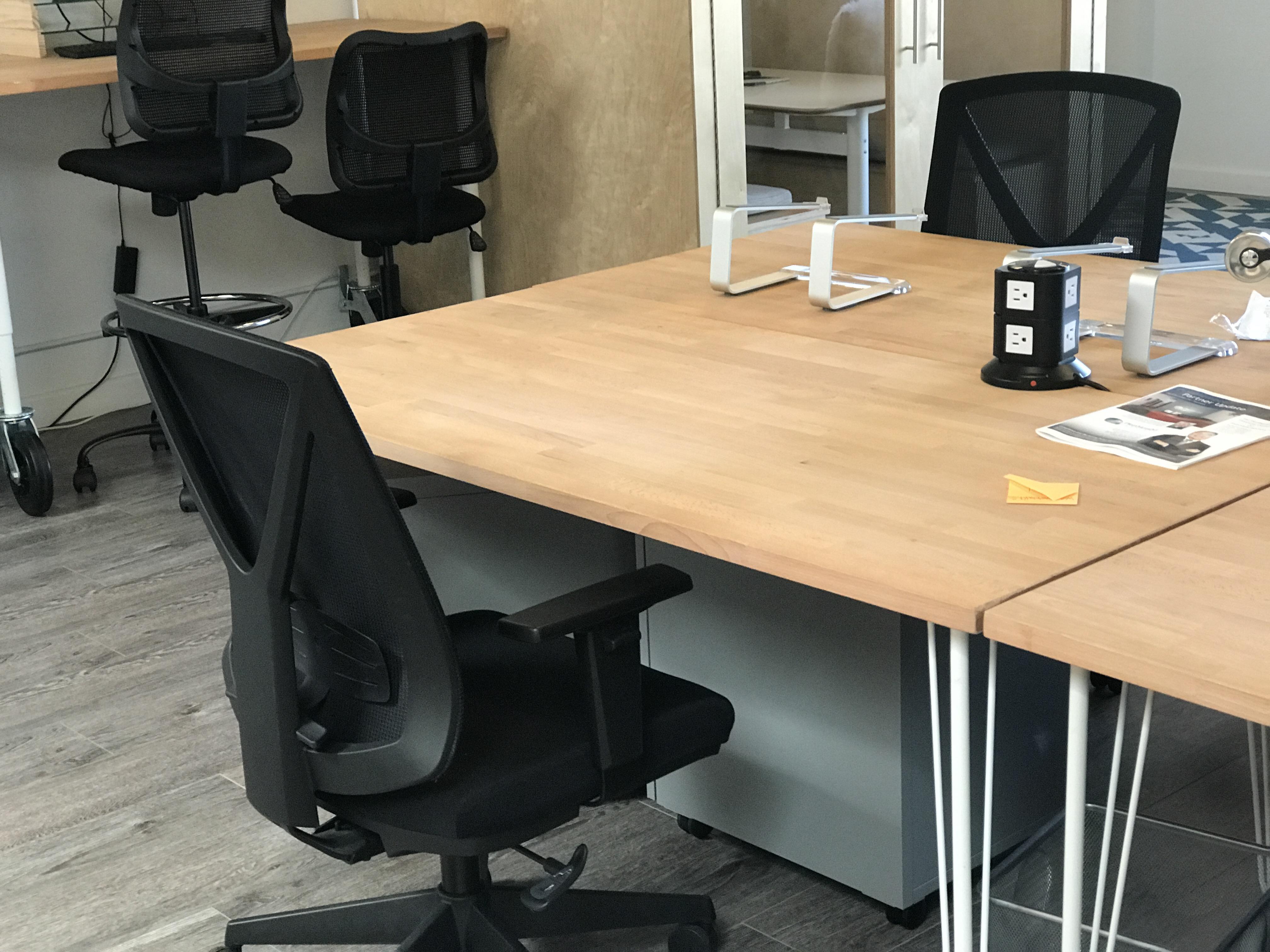 Diamond + Branch Marketing Group - Open Desk
