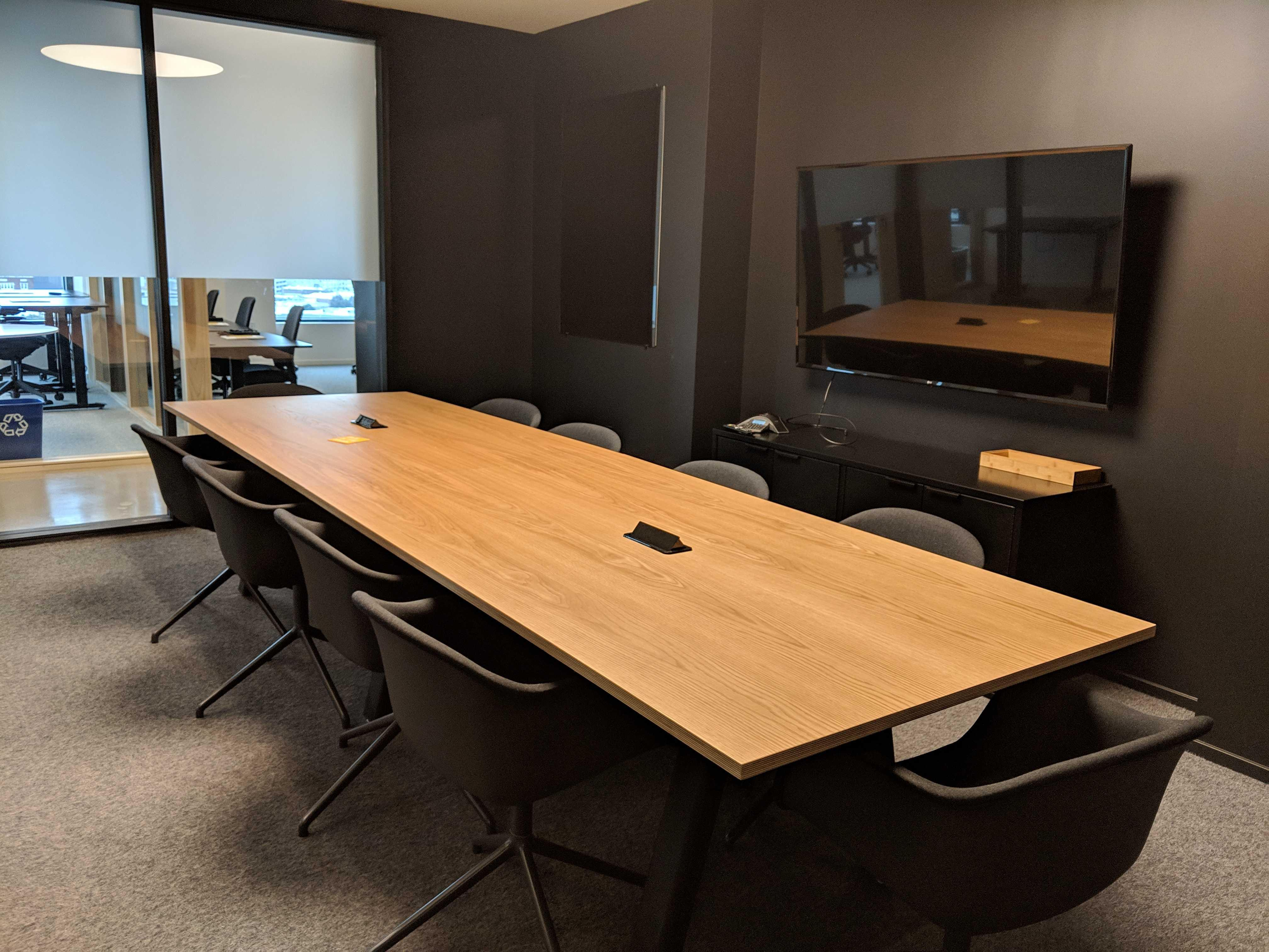 CENTRL Office Downtown Los Angeles - M4 Medium Meeting Room