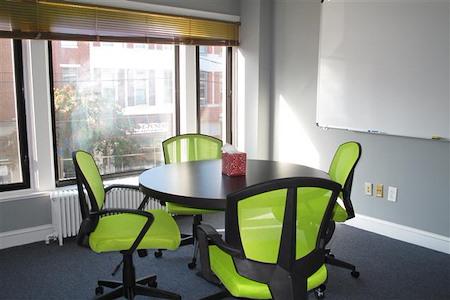 HeadRoom - Media - Meeting Room #6