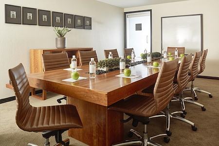 Hotel Avante - The Boardroom