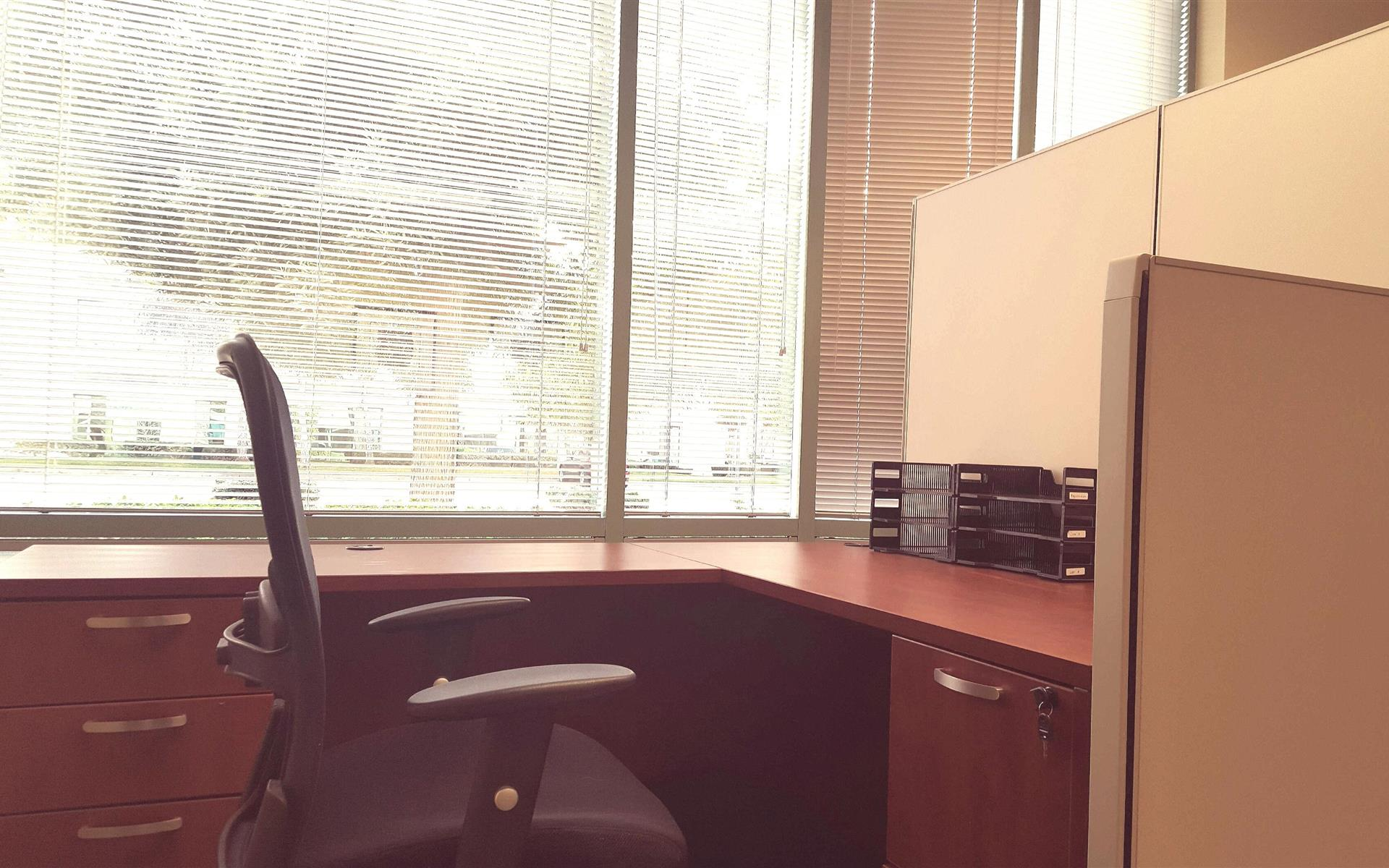 Sierra Pacific Fin. Advisors, LLC - Window Cubicle