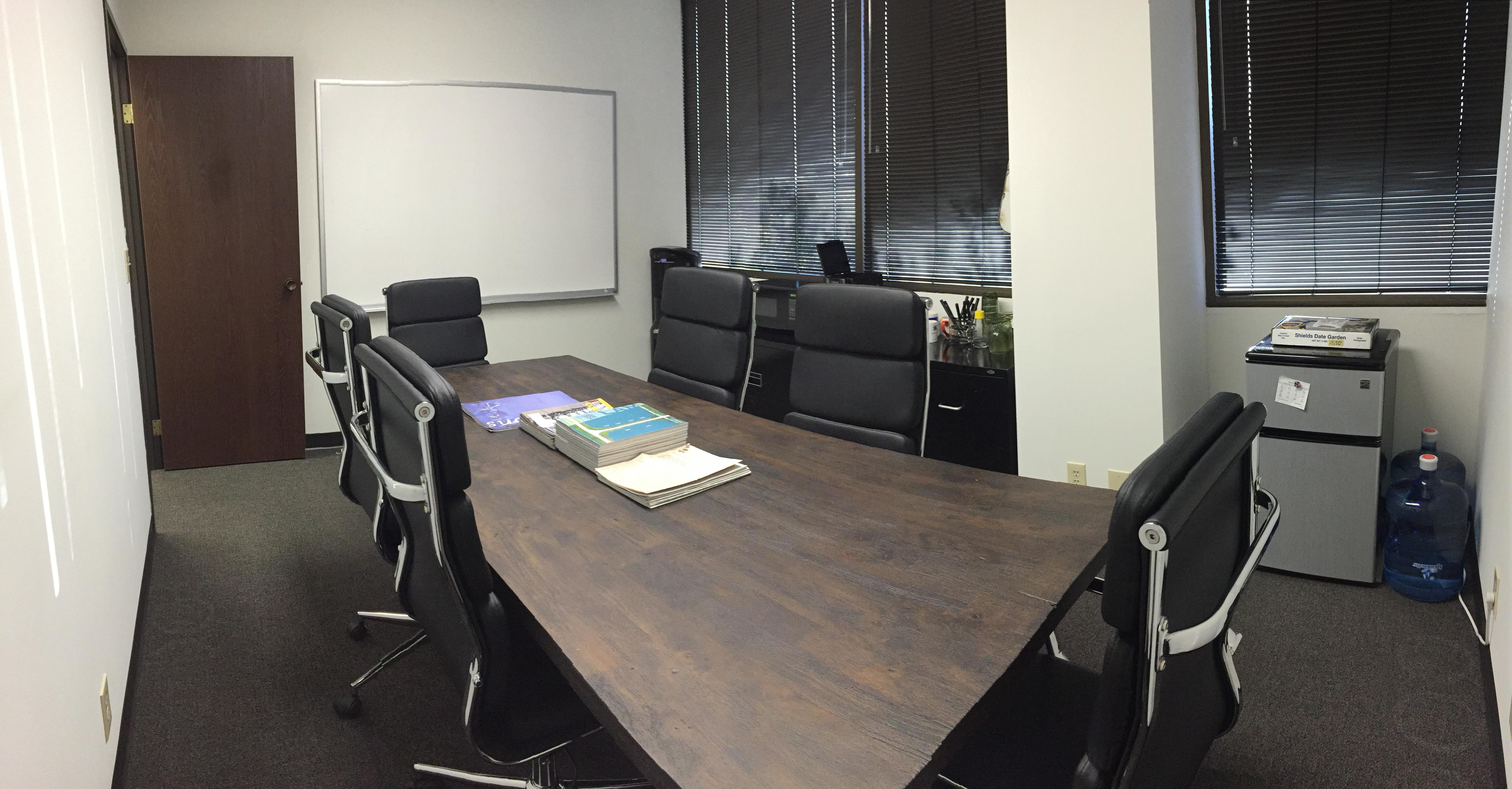 Regenerative Design Studios - Meeting Room 1