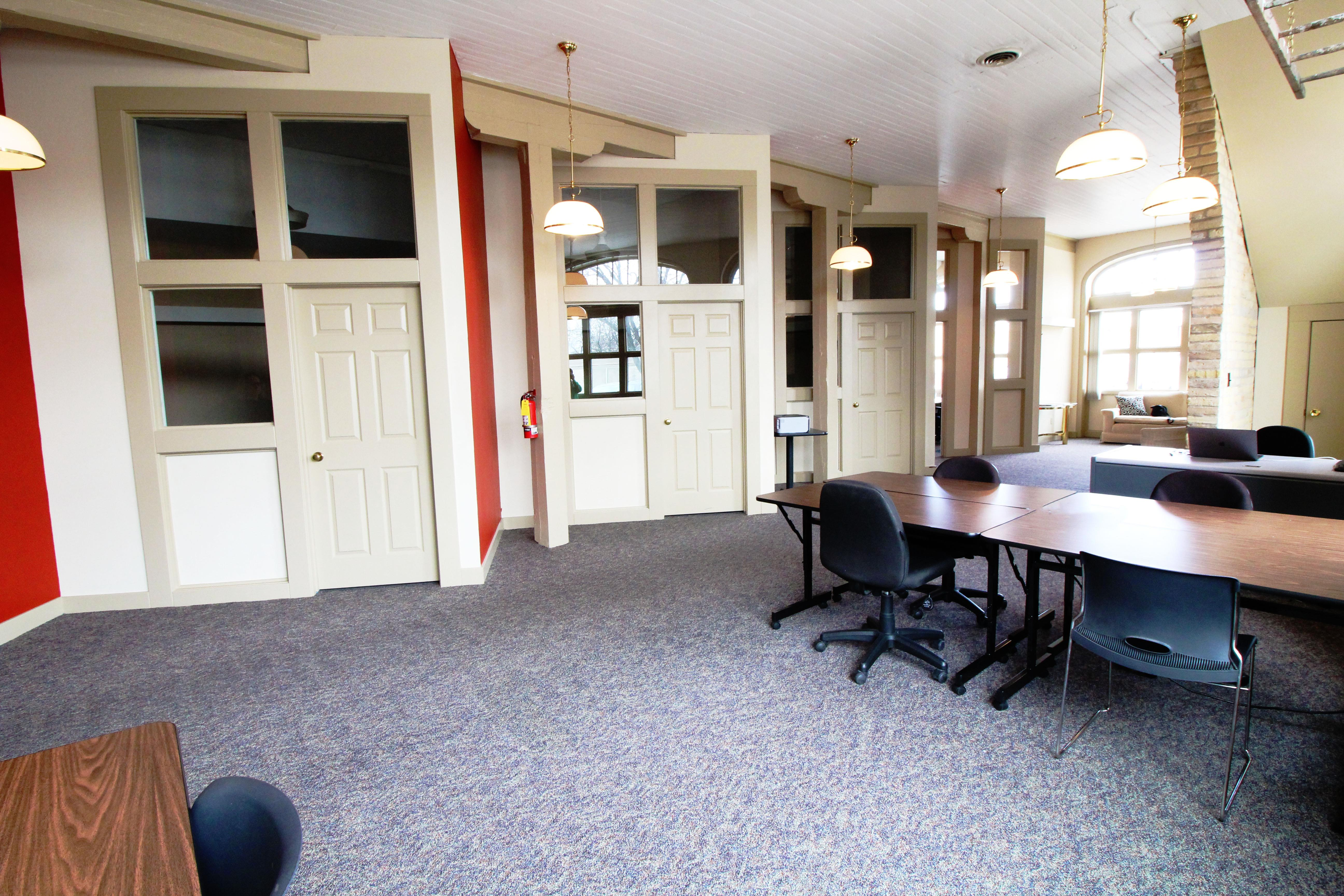 FOCUS Coworking - Dedicated Desk