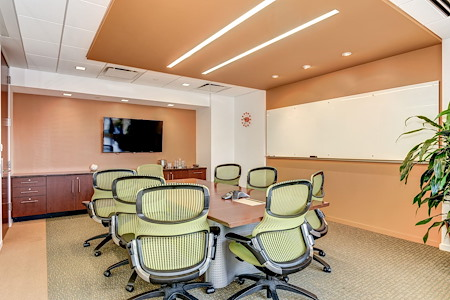 Carr Workplaces - Clarendon - Clarendon Conference Room