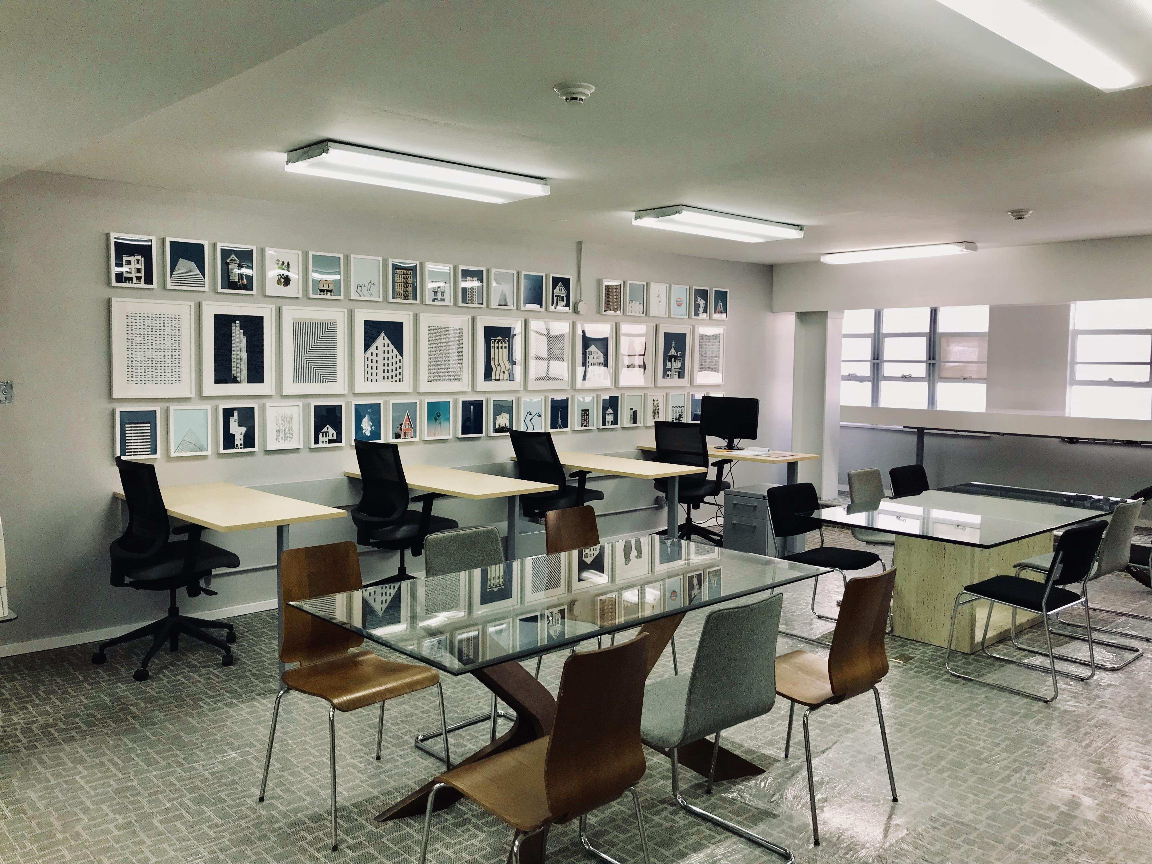 FOCUS Innovation Studio - Elongated Dedicated Desk 1