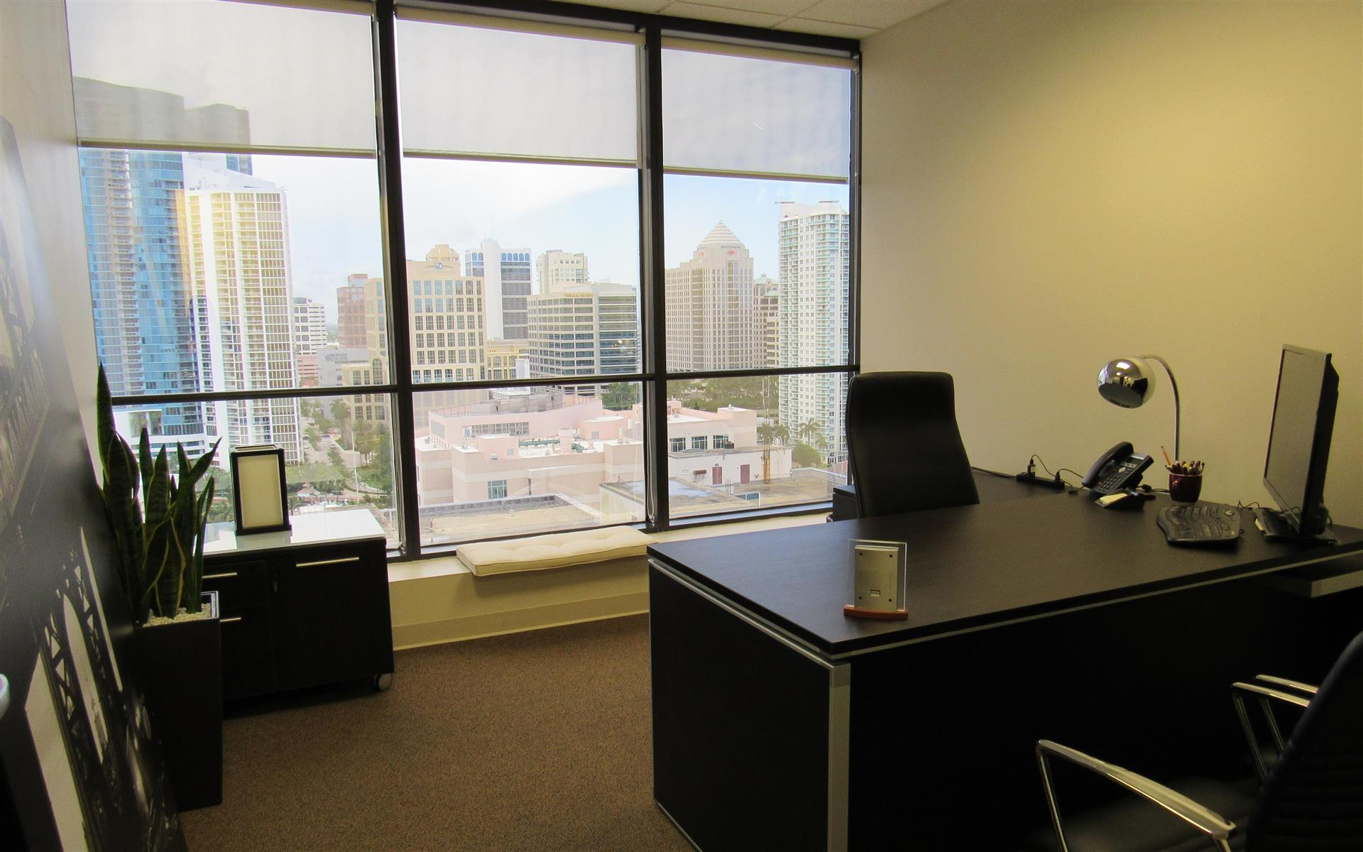 Executive Office View private office for 3 at empire executive offices   liquidspace