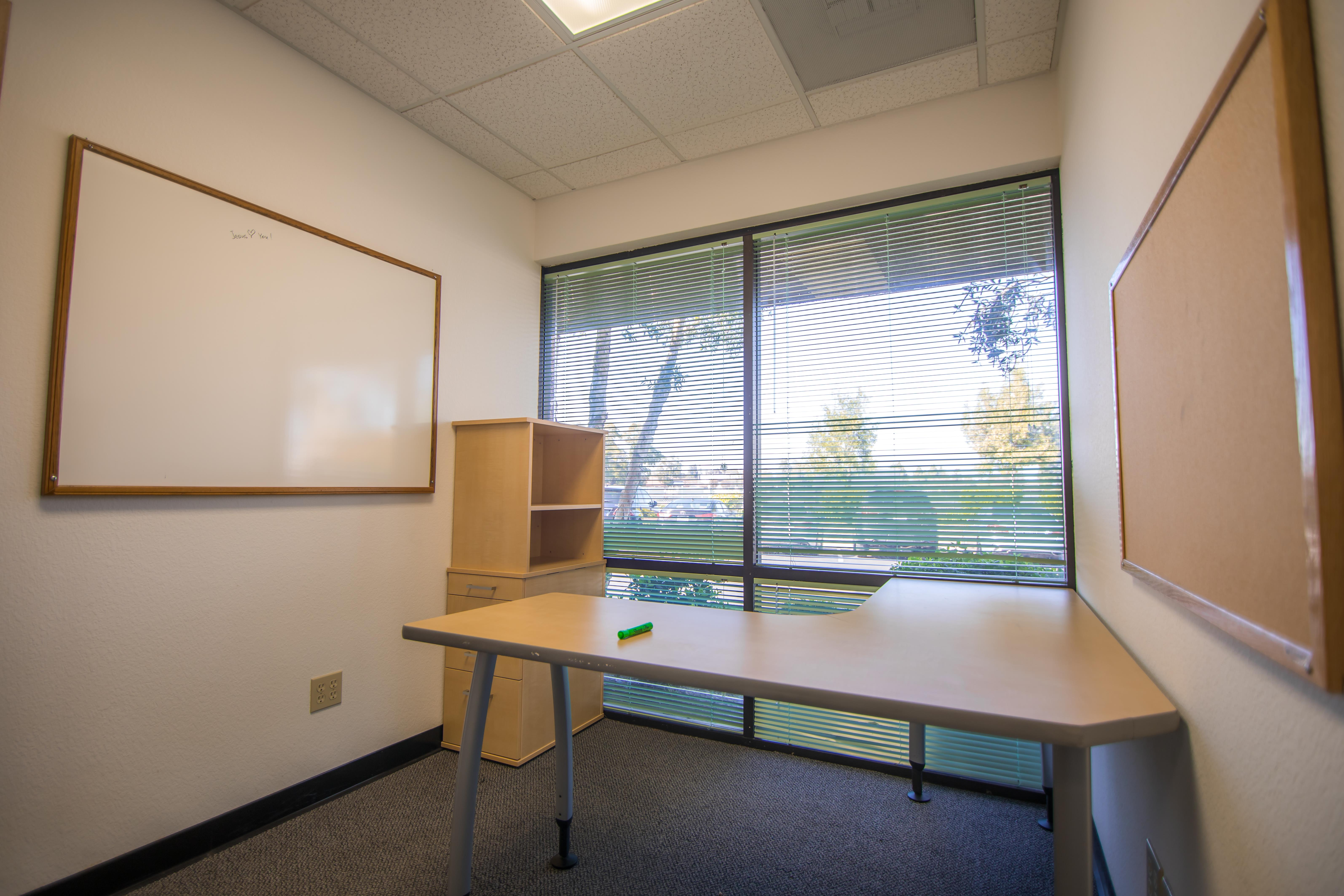 Mindrome Coworking Space and Private Office - 100$ OFF ANY PRIVATE OFFICE!