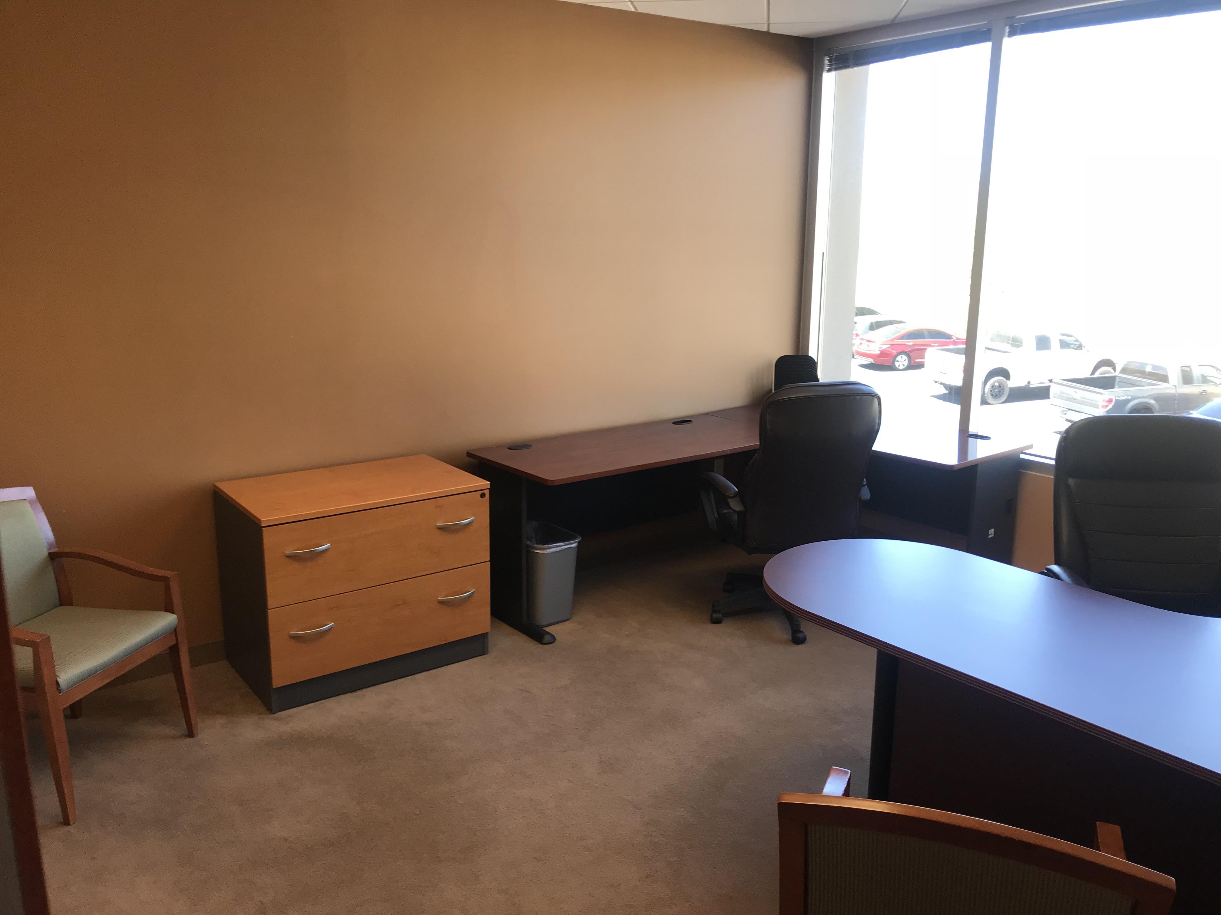 IWA - Dedicated Desk 1-3
