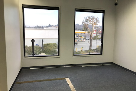 Anaheim - Private Window Office with Meeting Room