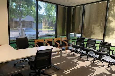 Techcode - Corner Office