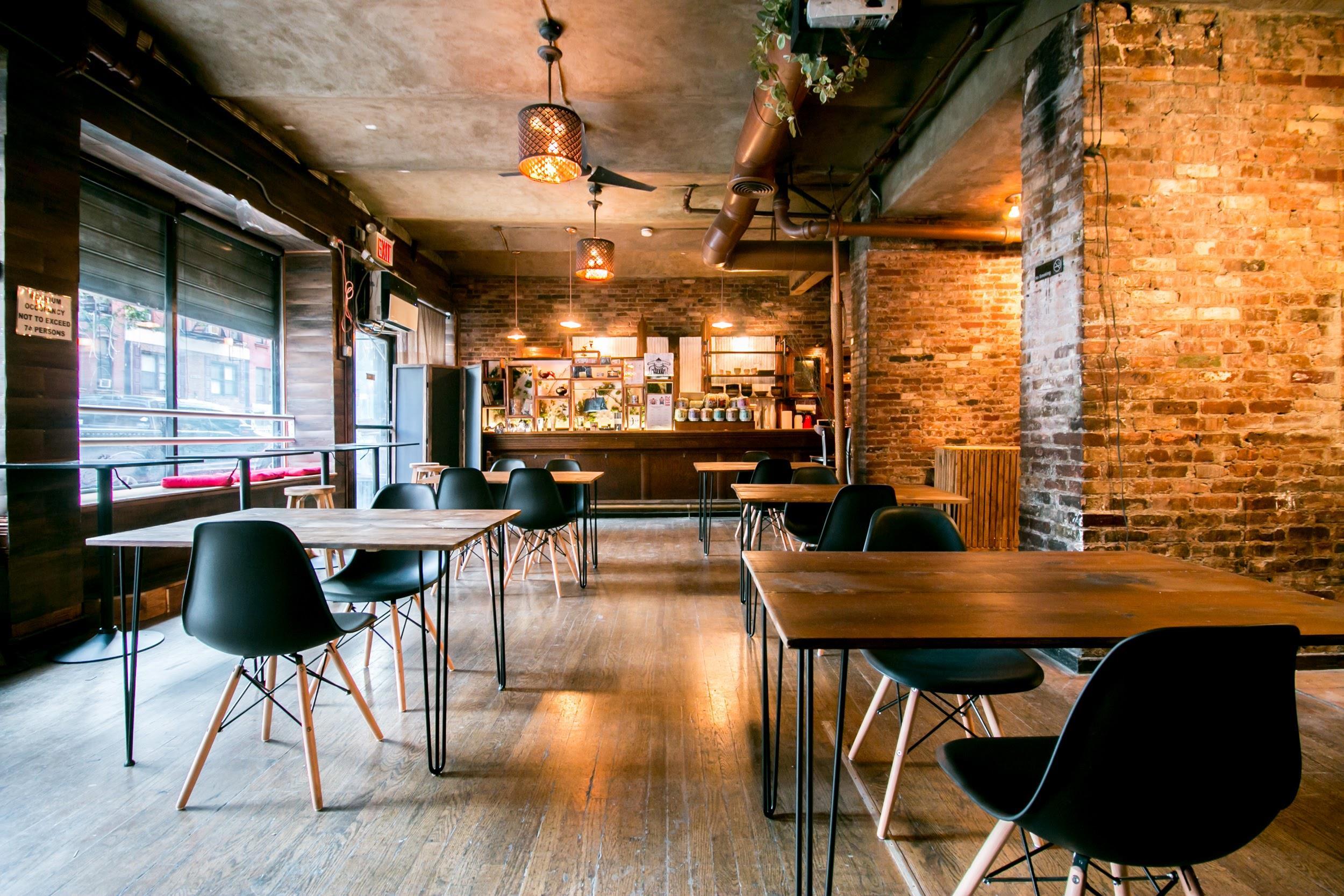 RESOBOX - Exposed brick co-working space