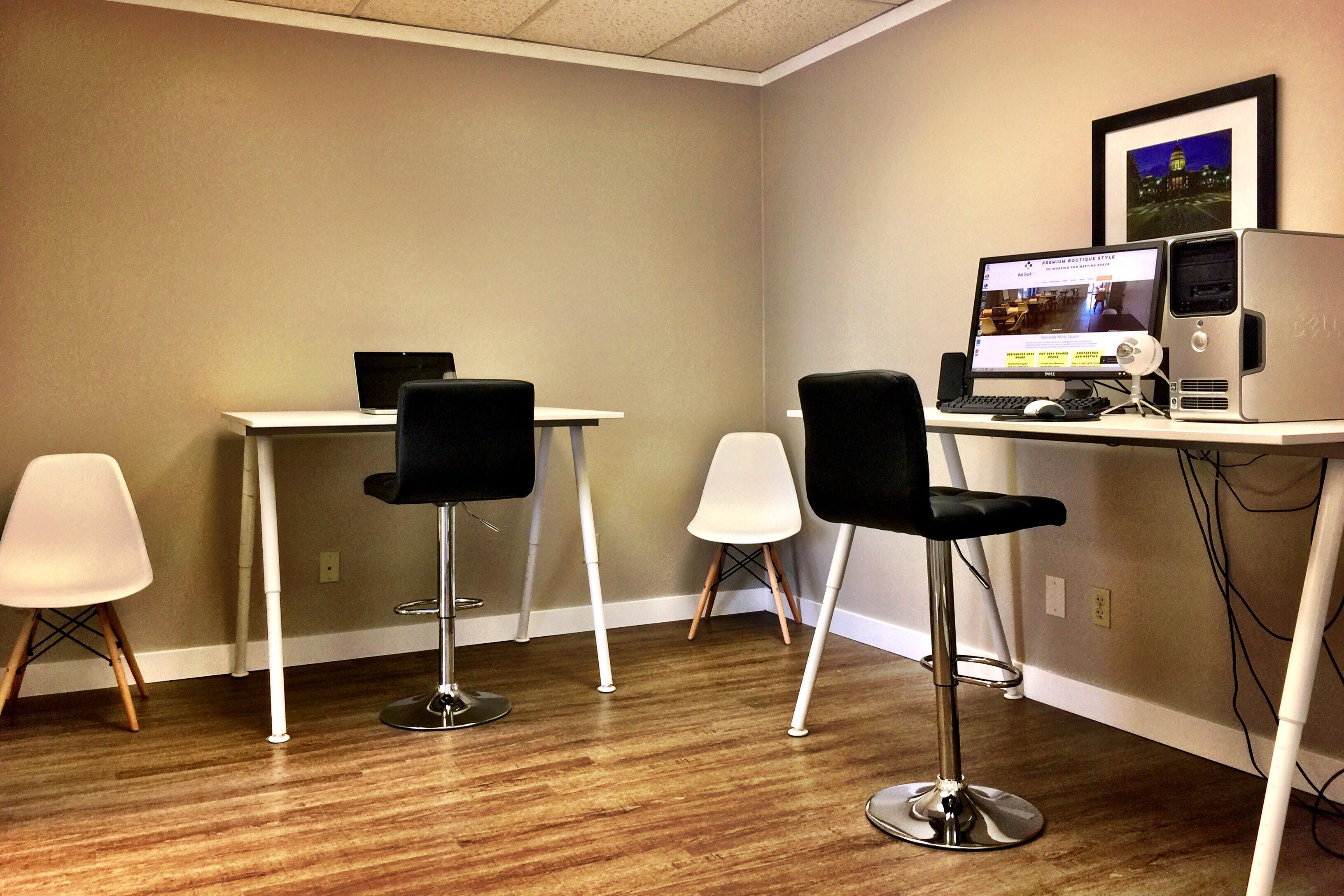 Hot Desk HQ - Dedicated Office