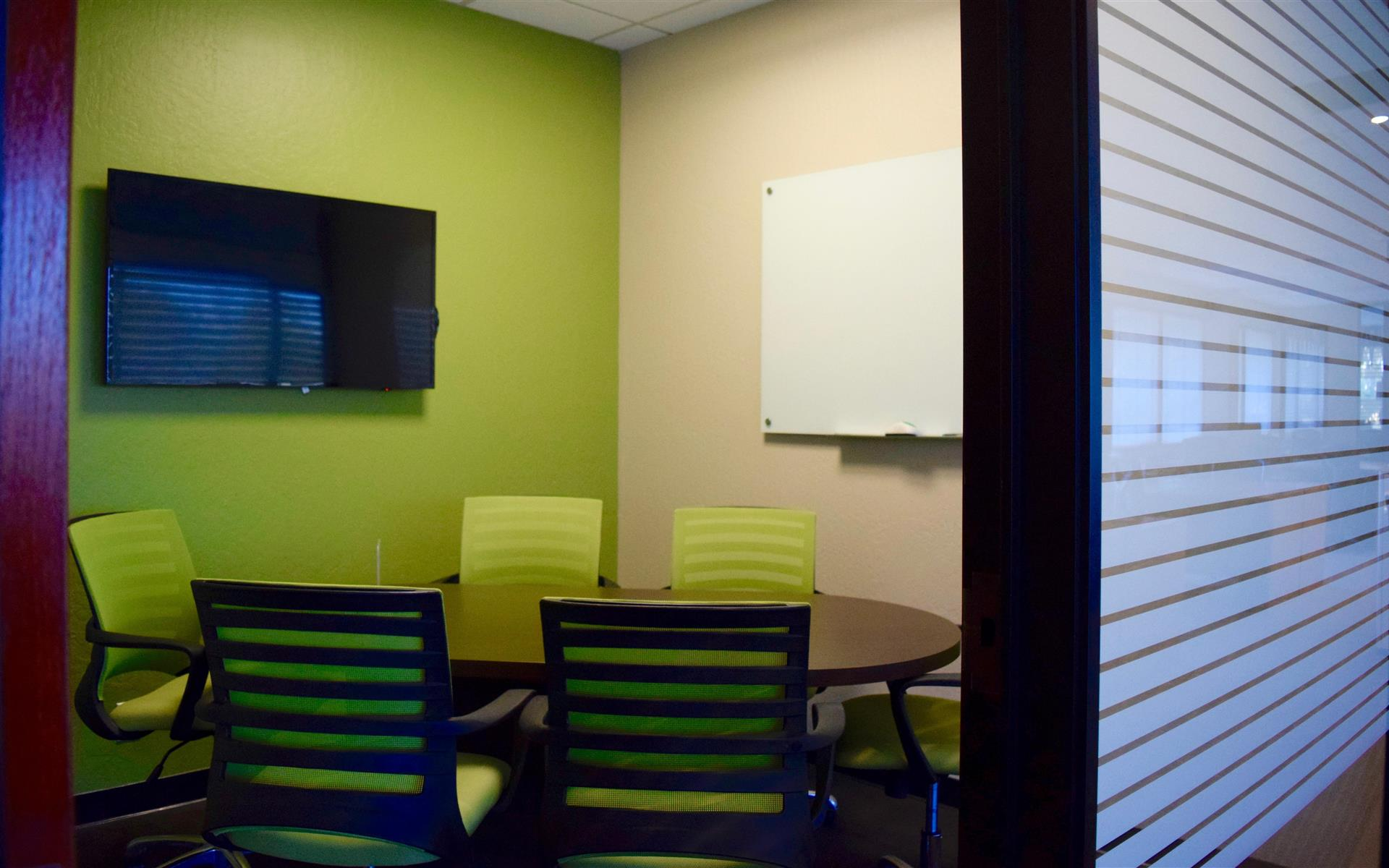 580 Executive Center - Green Room @ Dedicated