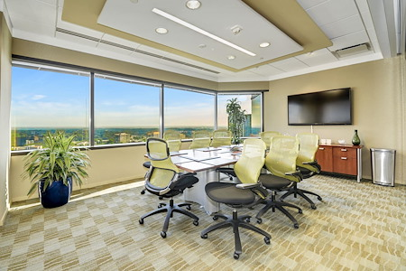 Carr Workplaces - Tysons - Tysons Boardroom