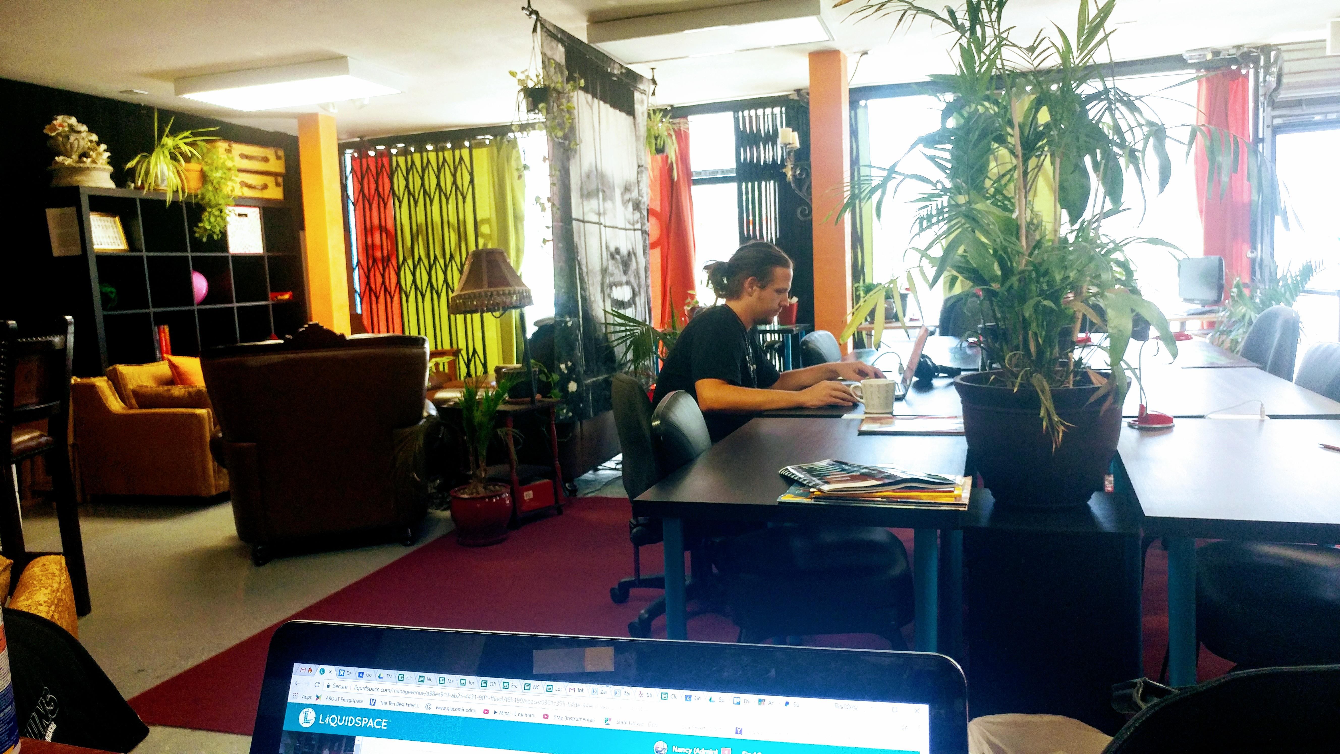 The Muse Rooms NOHO - The Muse Rooms NOHO Open Desk