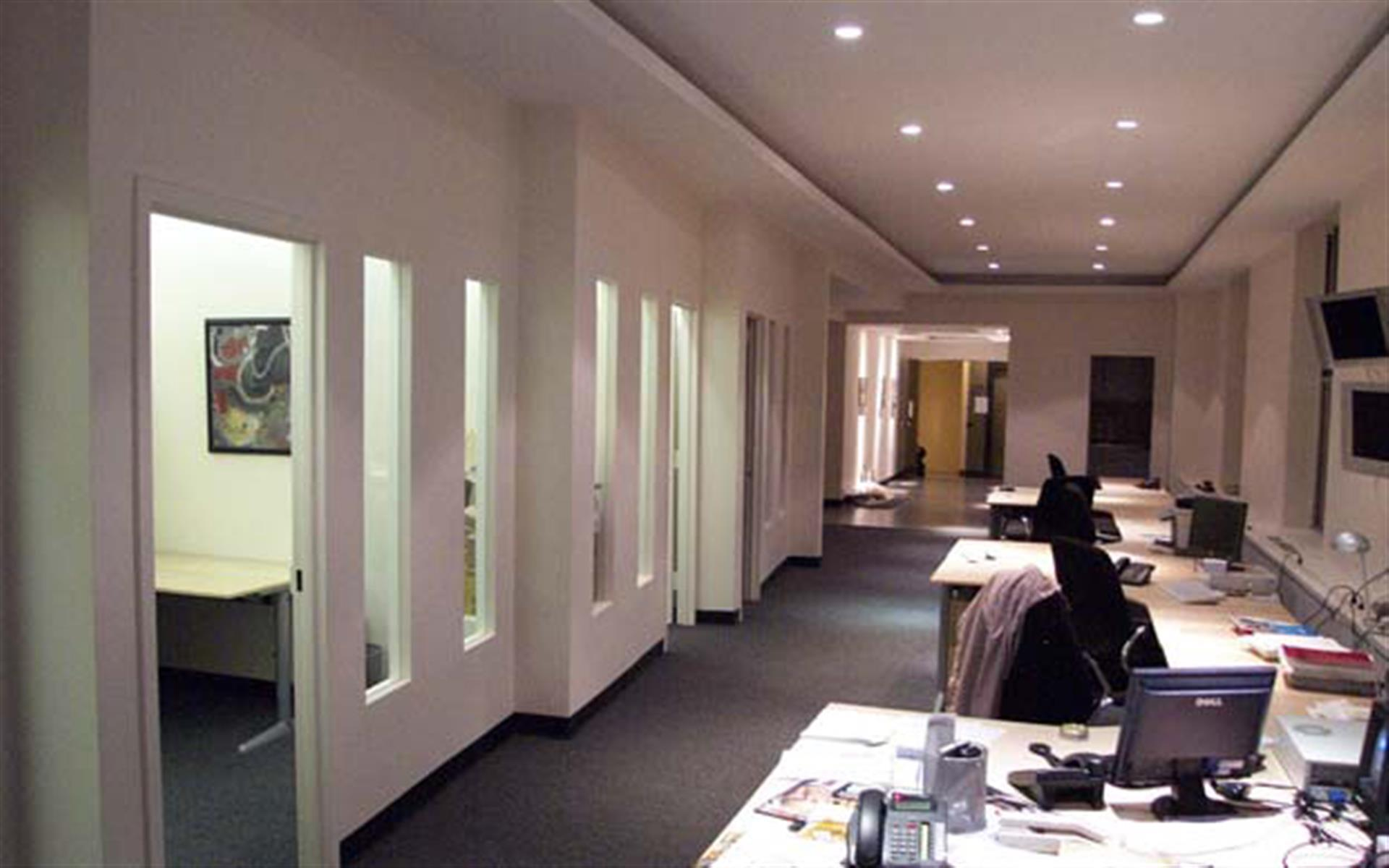 Office Space- Midtown Manhattan - 673 Fifth Ave NY NY Desk