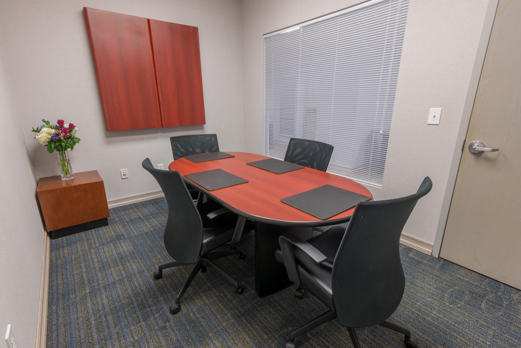TOTUS Business Center Long Island - Melville, NY - Aspen Conference Room