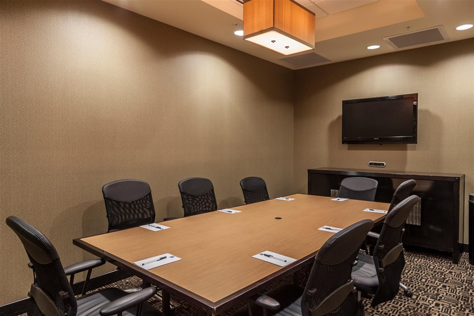 Cambria Suites Denver Airport Hotel - Mt. Evans Conference Room