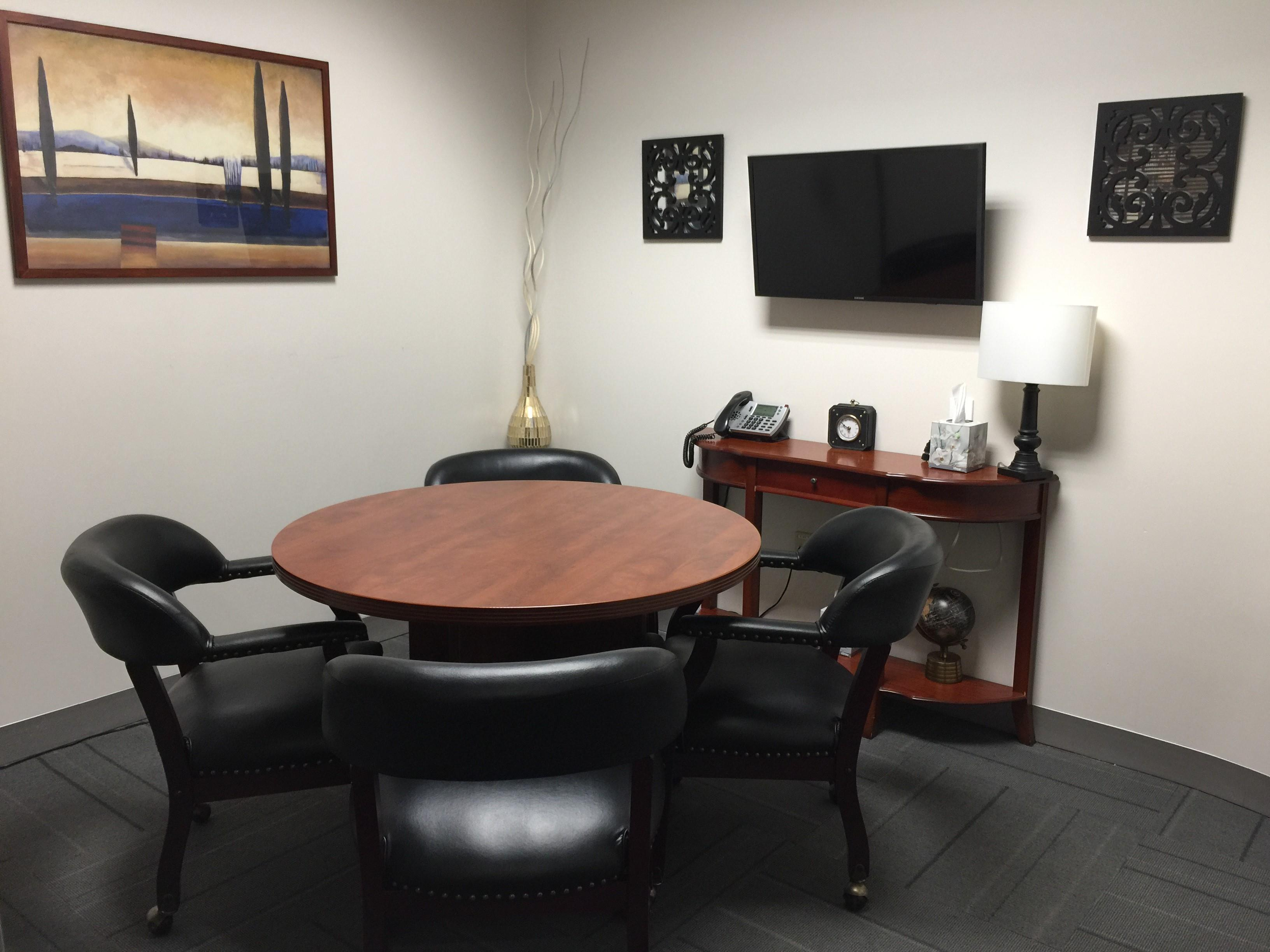 Rocklin Executive Suites - Day Office Suite 136