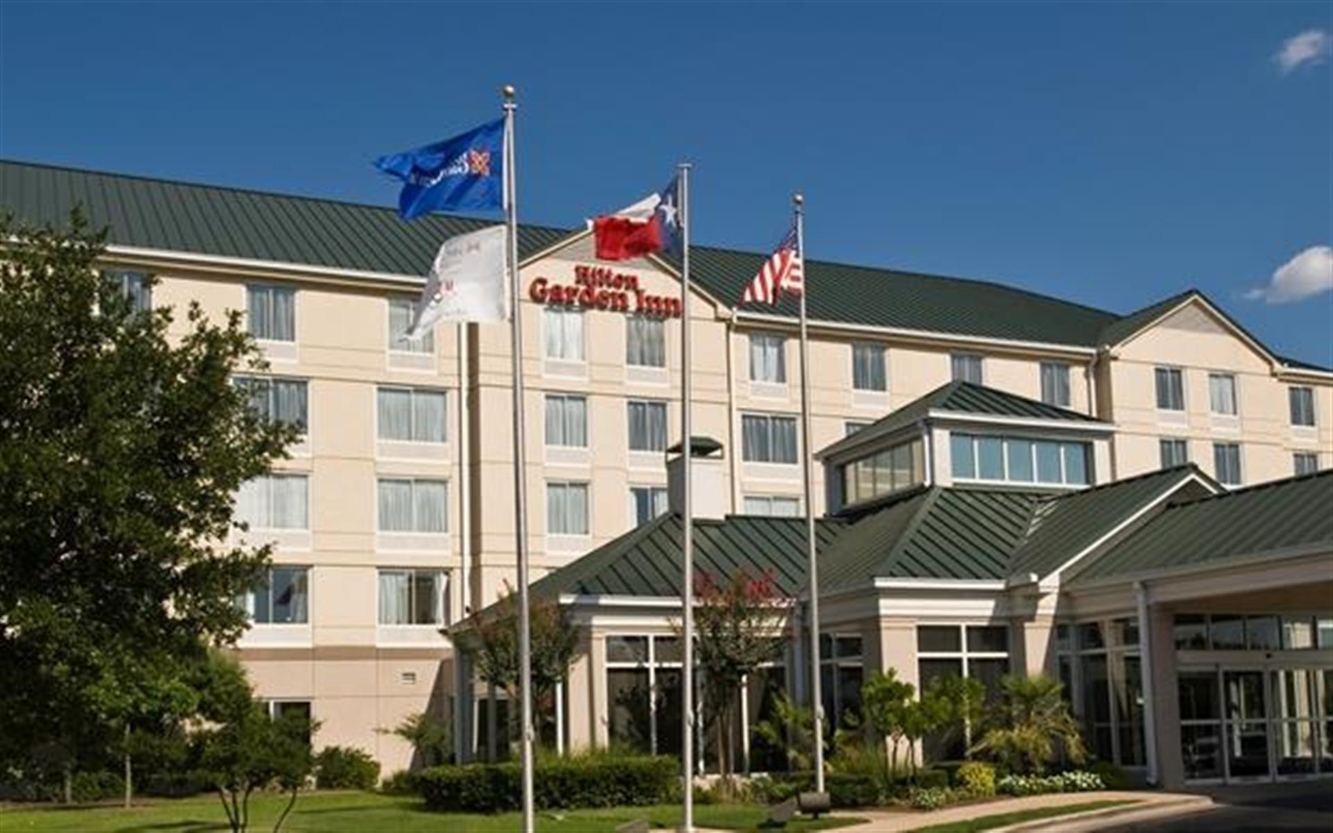 Hilton Garden Inn Austin NW/Arboretum - Suite 104