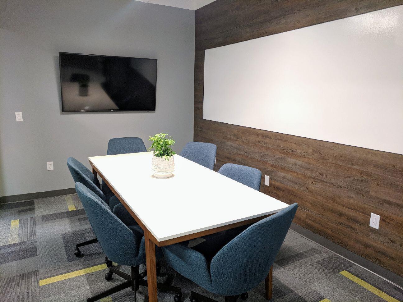 IgnitedSpaces-East St. - Medium Conference Room