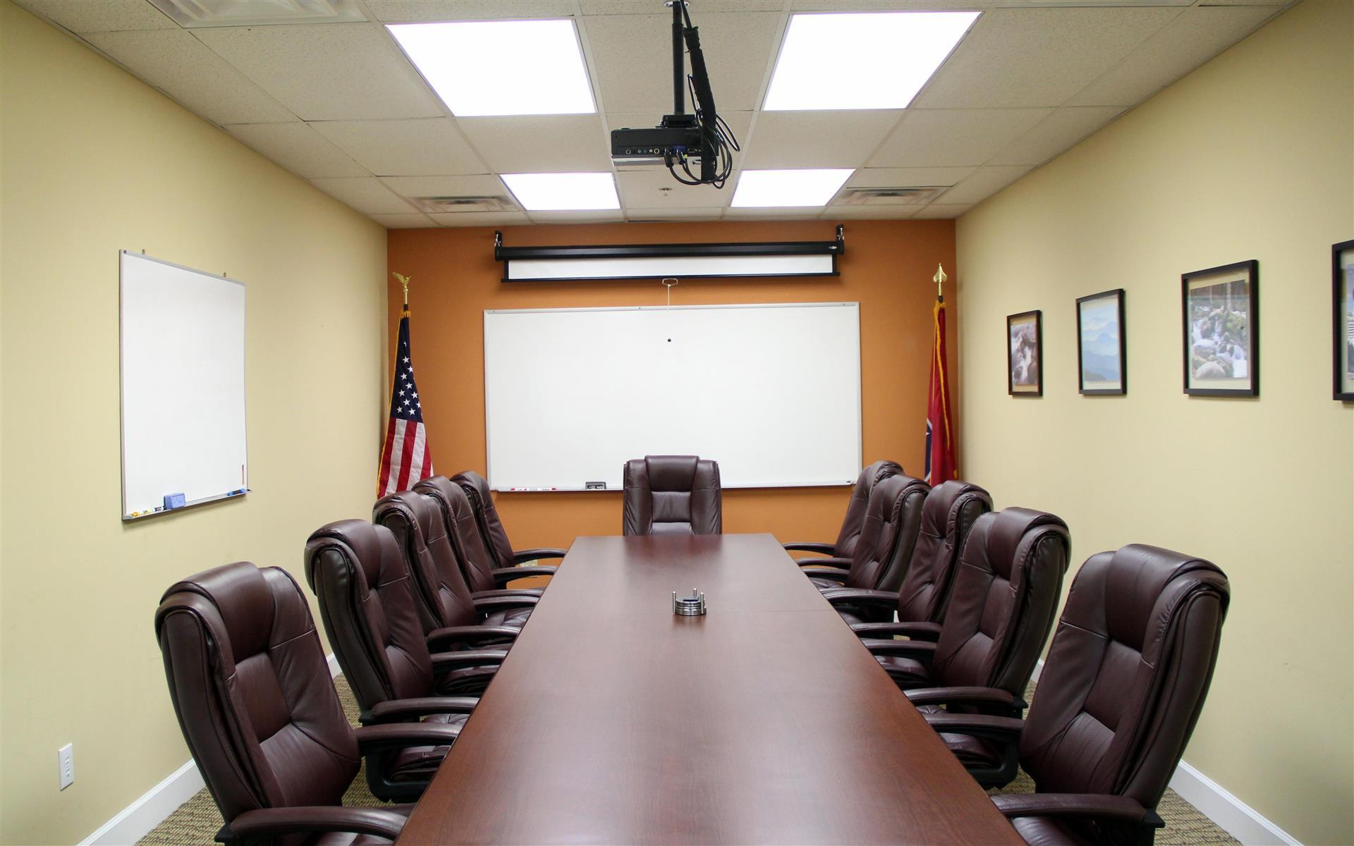 MyNextSuite - Large Meeting Room