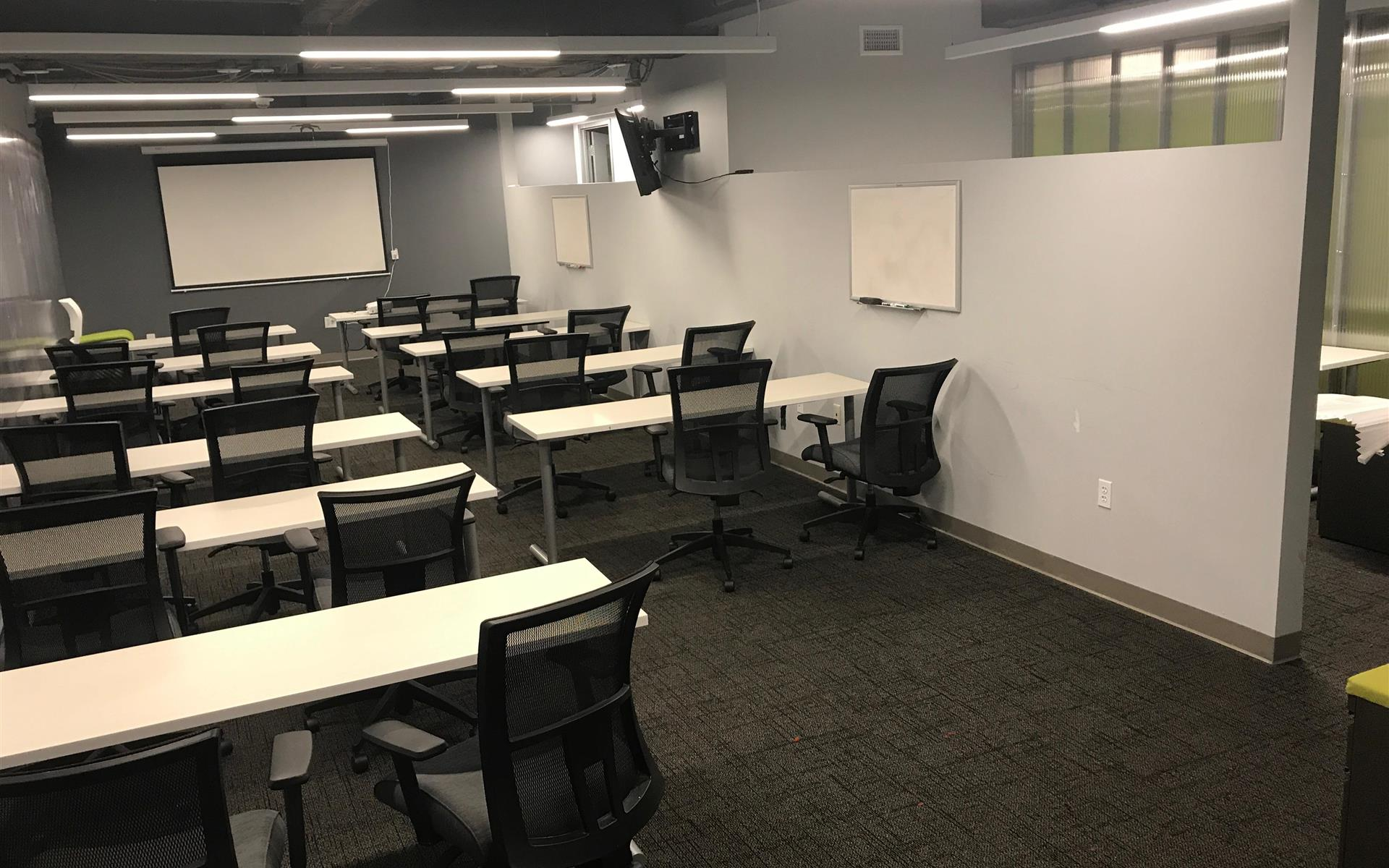 1776 - 1608 Walnut - Large office for up to 24 team members