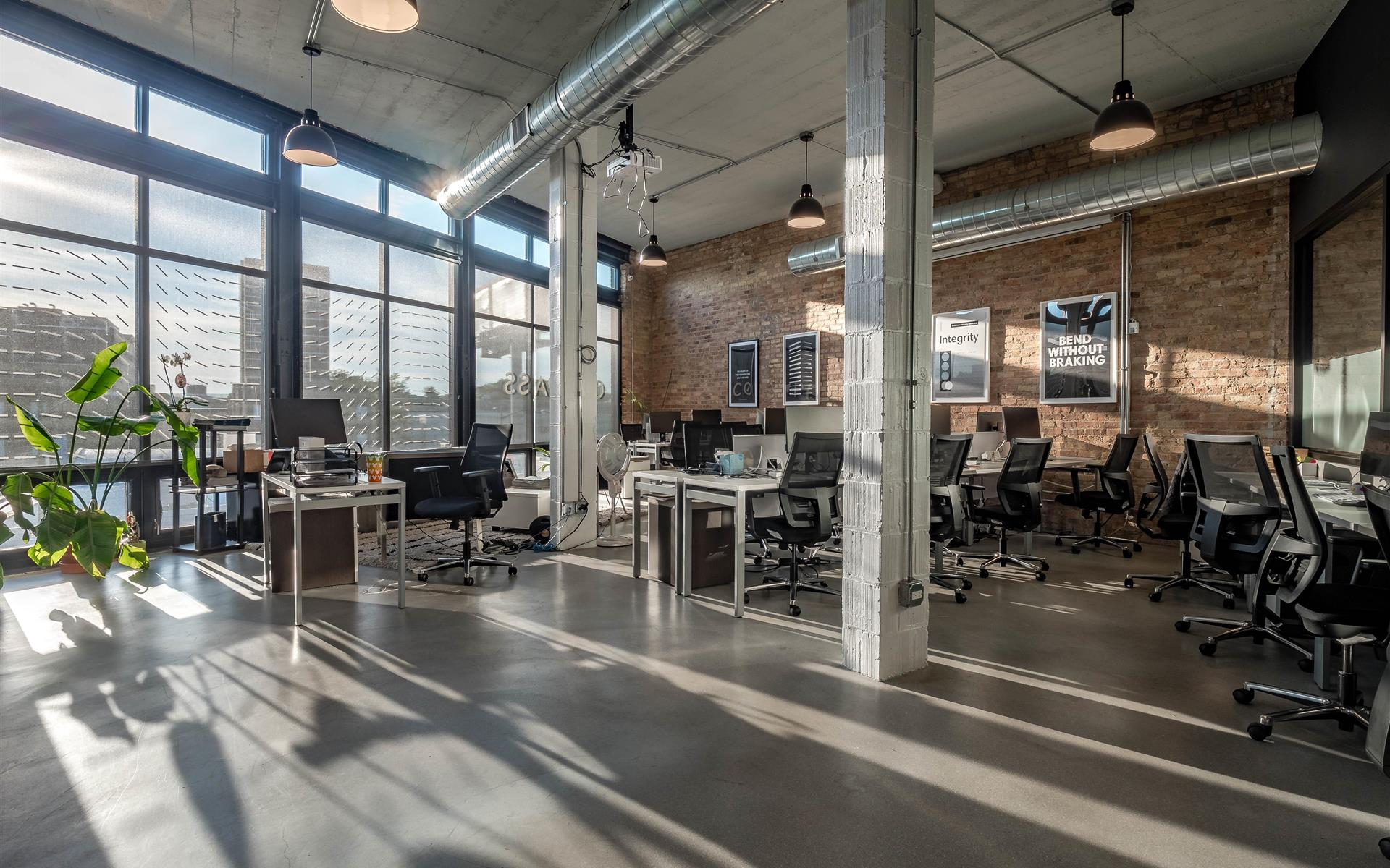 DeskLabs - Private office for up to 10 people