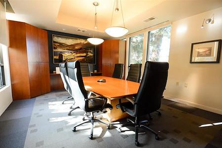 Loft 24/7 (Novigo Building) - Conference Room / Board Room