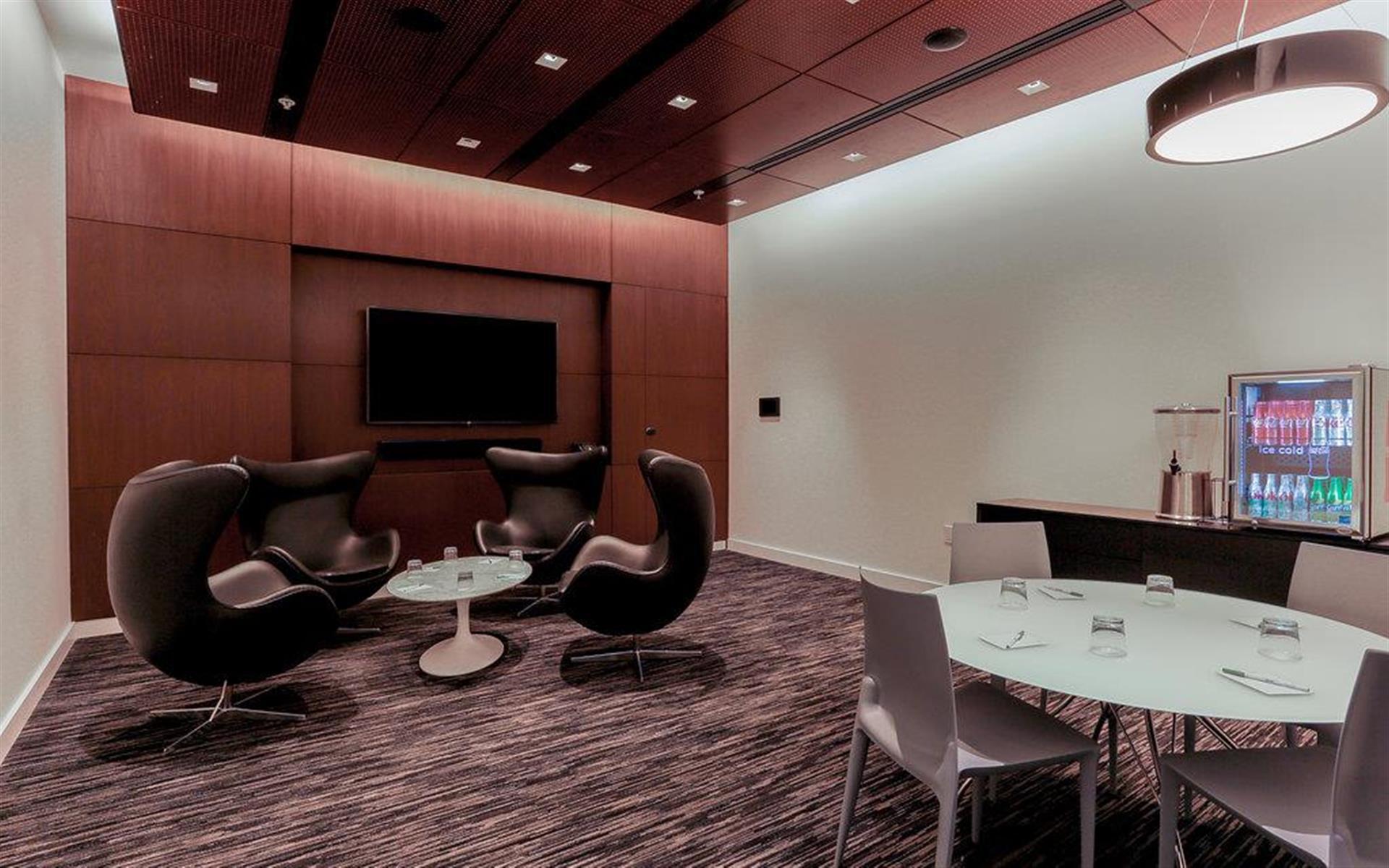 Courtyard by Marriott Long Island City/ Manhattan View - Dutch Kills Meeting Room