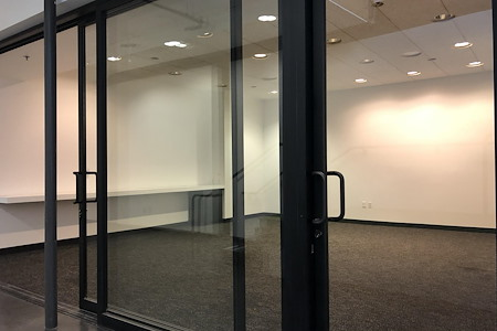 BLANKSPACES Larchmont - Training Room
