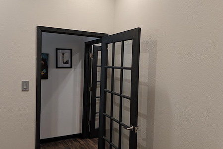 CenterSpace - Small Private Office